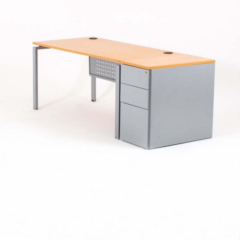 Bureau droit OPTIMUM, plateau hêtre, piétement aluminium et caisson HB métal