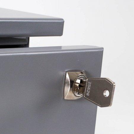 Zoom sur la fermeture du caisson en métal 2 tiroirs et 1 tiroir pour dossiers suspendus aluminium